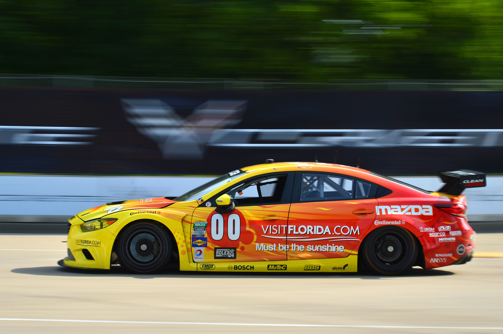 Mazda6 SKYACTIV-D wins in Detroit.jpg