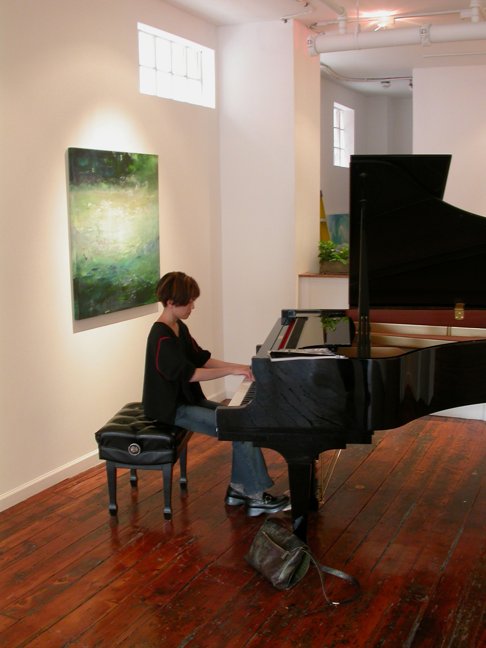 Rieko Aizawa, Steinway Artist practicing at Pentimenti Gallery