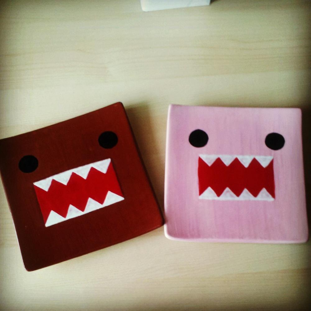 DomoKun Square Plates.jpg
