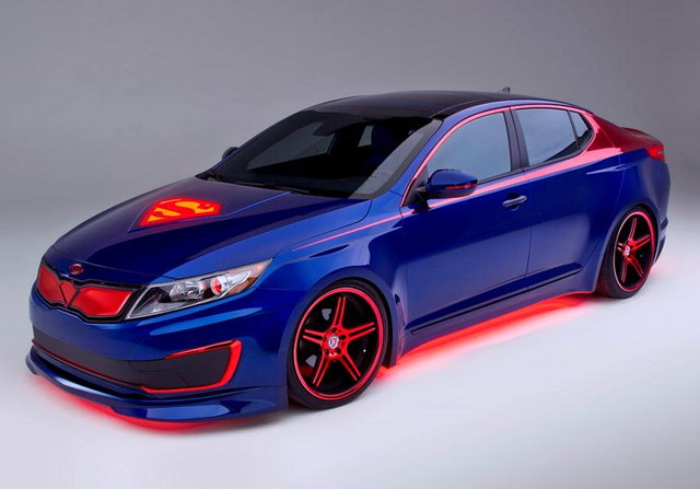 Kia Optima Hybrid, Superman themed