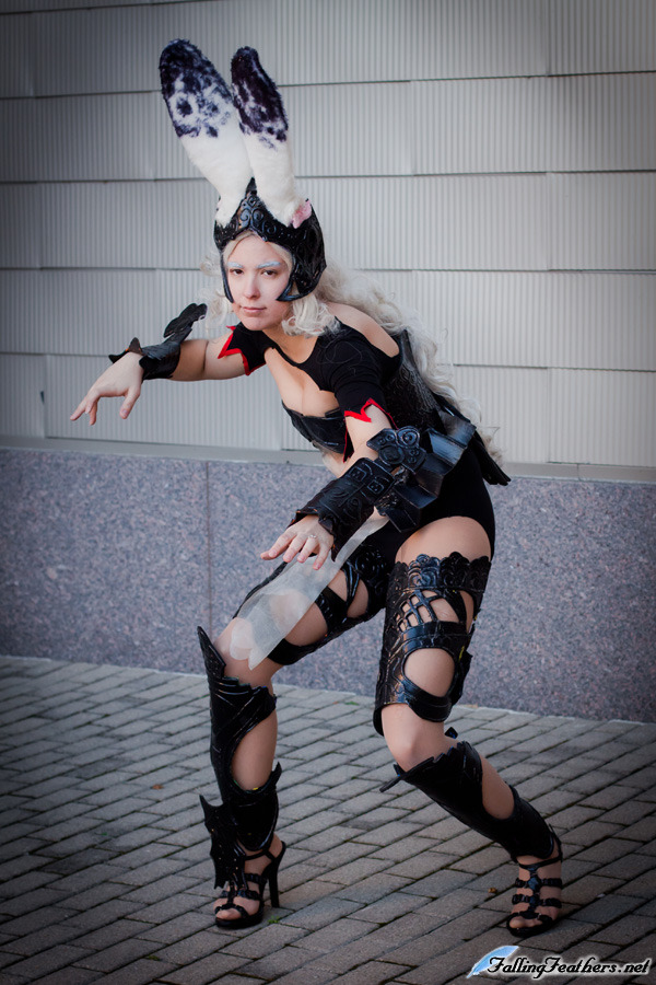Fran from Final Fantasy XII, dig the ears!