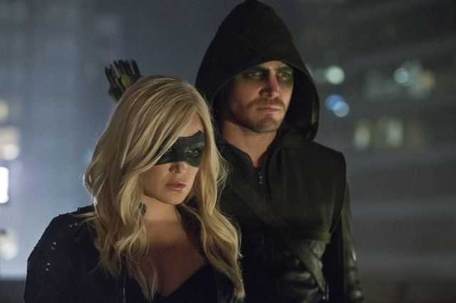 Canary (Caity Lotz) and Arrow (Stephen Amell)