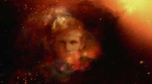 Such a beautiful floating head hasn't been seen since the Face of Boe