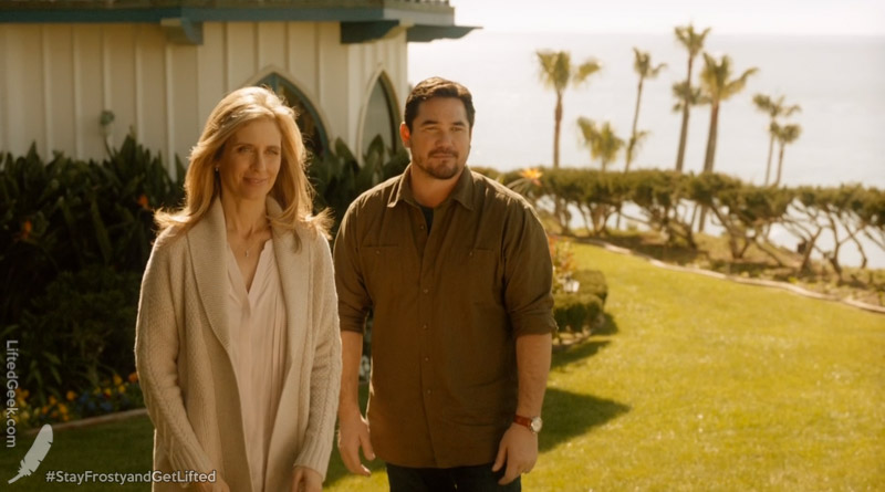 "Helen Slater and Dean Cain give a nod to their ""super"" past"