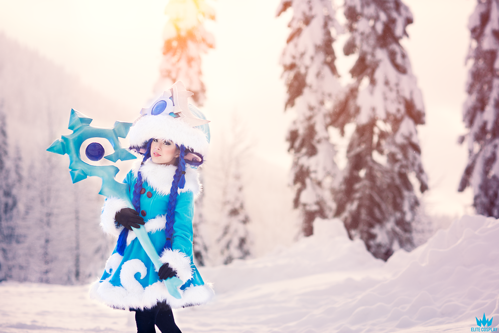 Paper Armory: League of Legend's Winter Wonder Lulu Staff ...