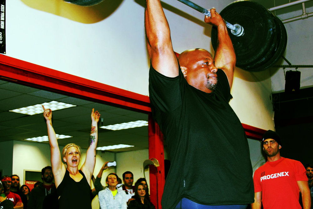 Dana Stubblefield hits a #305 THRUSTER!