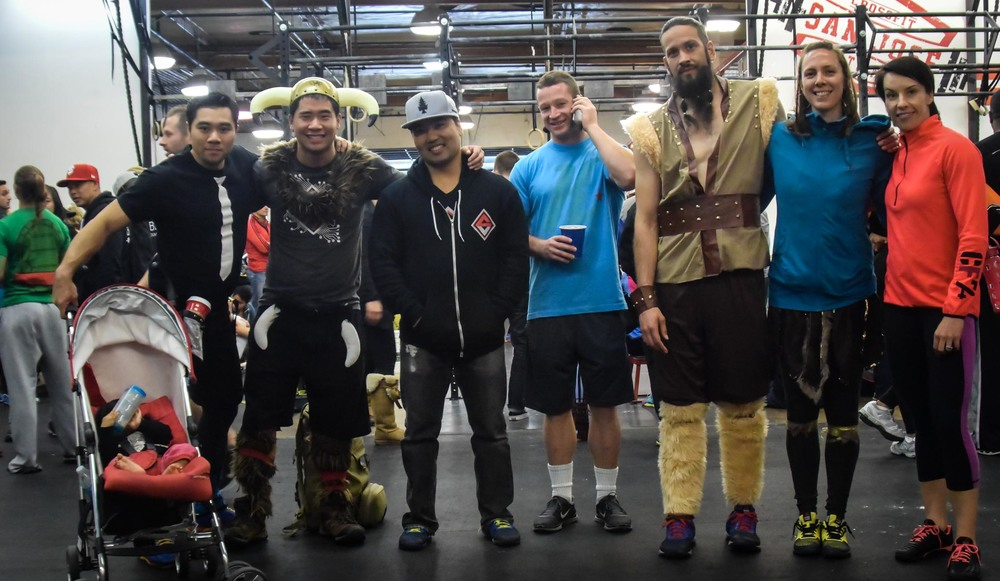 AWESOME CFSV Representation at the CrossFit San Jose FrankenWOD Throwdown! Great work WODCity Gangstas- Ves, Eric, Britt; SUPER Visigoths- Anthony, Andréa, Andrew; Team 'Murica- Mark, Backy and Tim!