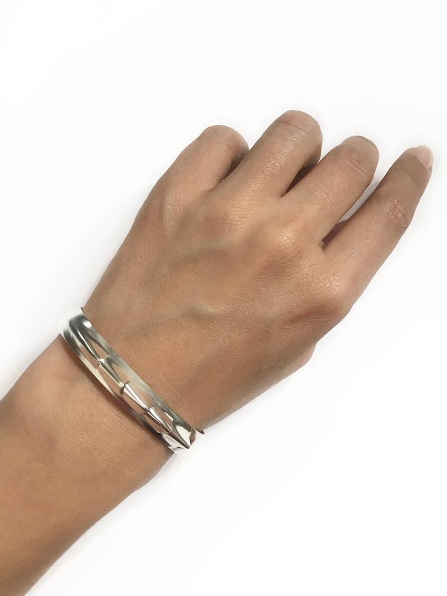 lusasul fins bracelet01.jpg