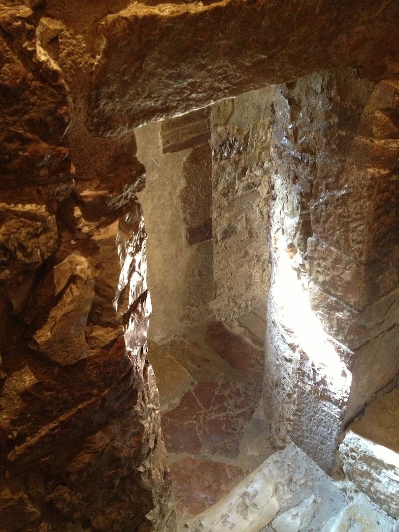 Eremo-delle-Carceri_Hermitage-Grotto-of-Saint-Francis-3.JPG