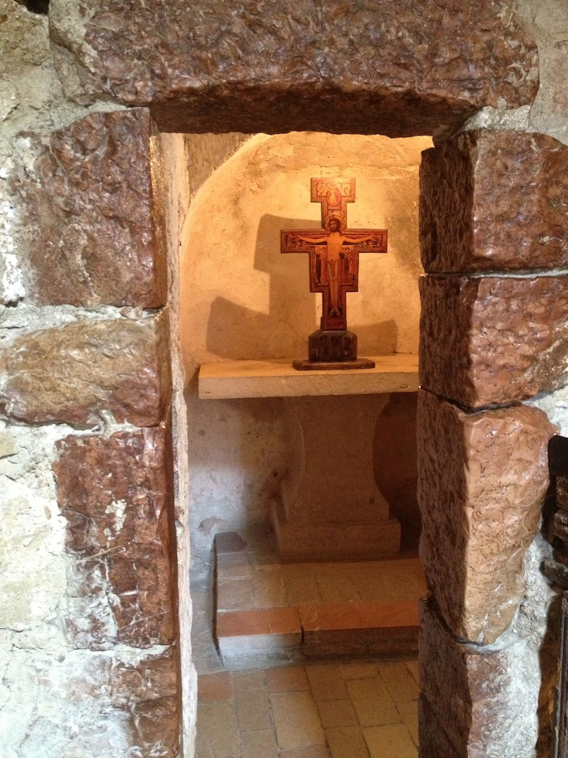 Eremo-delle-Carceri_Hermitage-Grotto-of-Saint-Francis-4.JPG