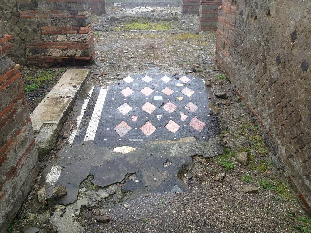 Pompeii-Iconography-jessewaugh.com-11.jpg