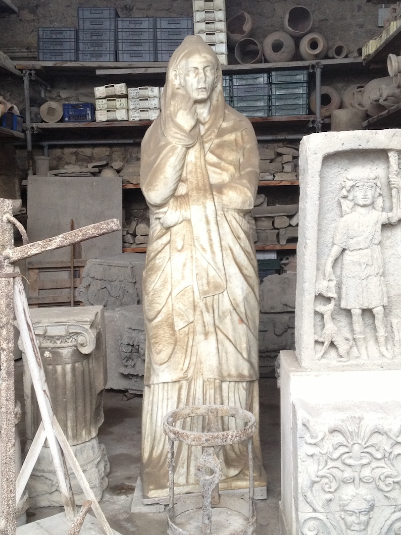 Pompeii-Iconography-jessewaugh.com-81-Mysterious-Statue.jpg