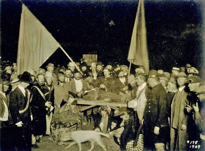 Cremation-of-Care-Bohemian-Grove-jessewaugh.com-1.jpg