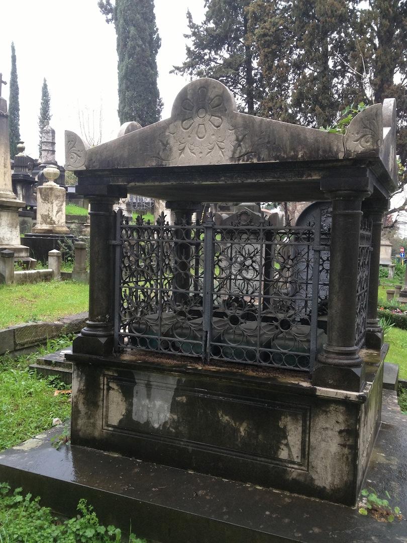 English-Cemetery-Florence-Cimitero-Inglese-Firenze-jessewaugh.com-38.jpg