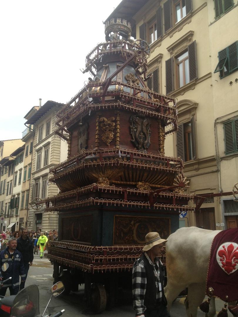Florence-Easter-Parade-Juggernaut-Bulls-Dove-jessewaugh.com-8.jpg