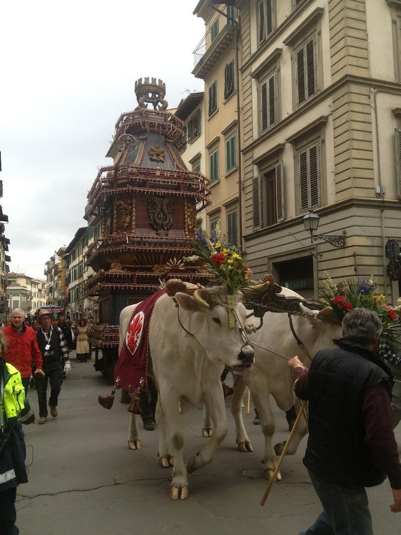 Florence-Easter-Parade-Juggernaut-Bulls-Dove-jessewaugh.com-6.jpg