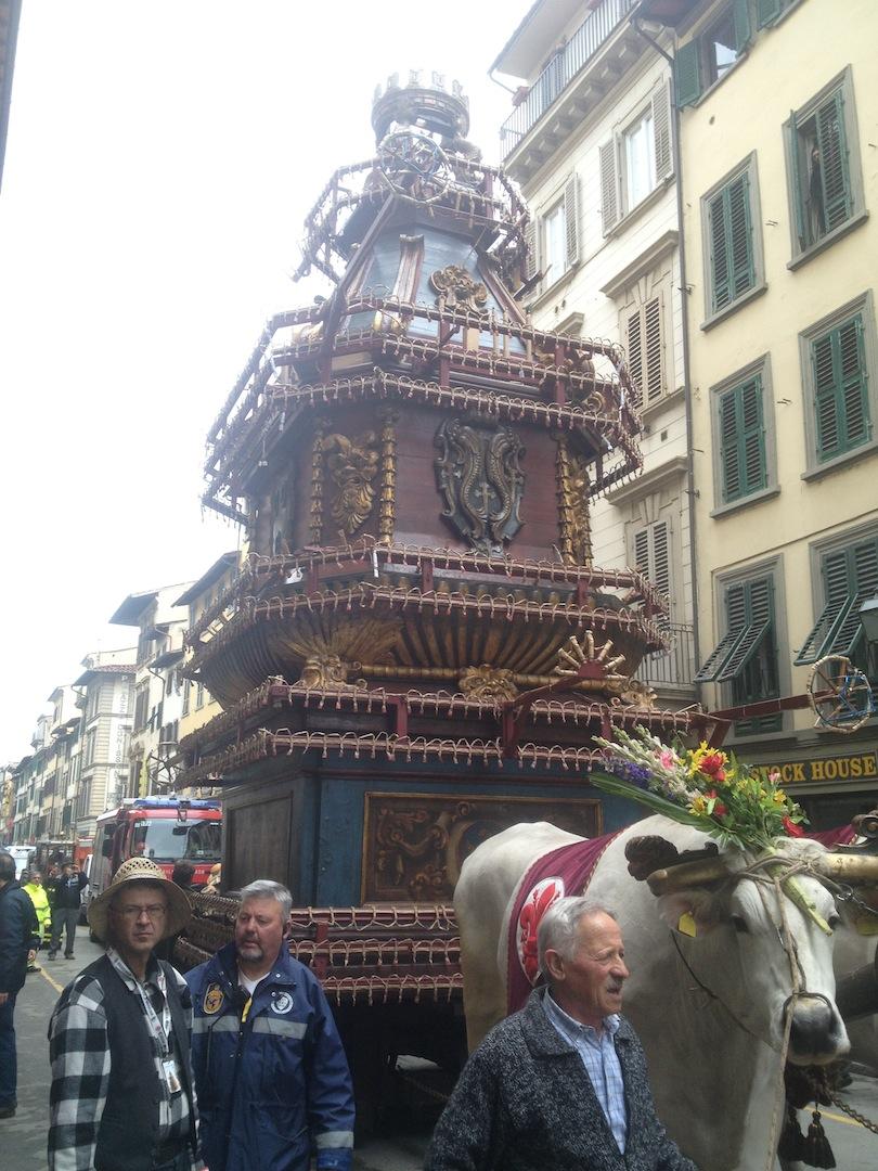 Florence-Easter-Parade-Juggernaut-Bulls-Dove-jessewaugh.com-11.jpg