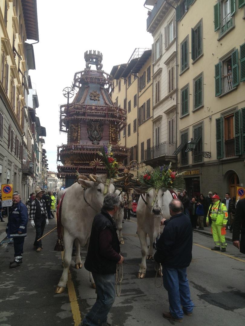 Florence-Easter-Parade-Juggernaut-Bulls-Dove-jessewaugh.com-13.jpg
