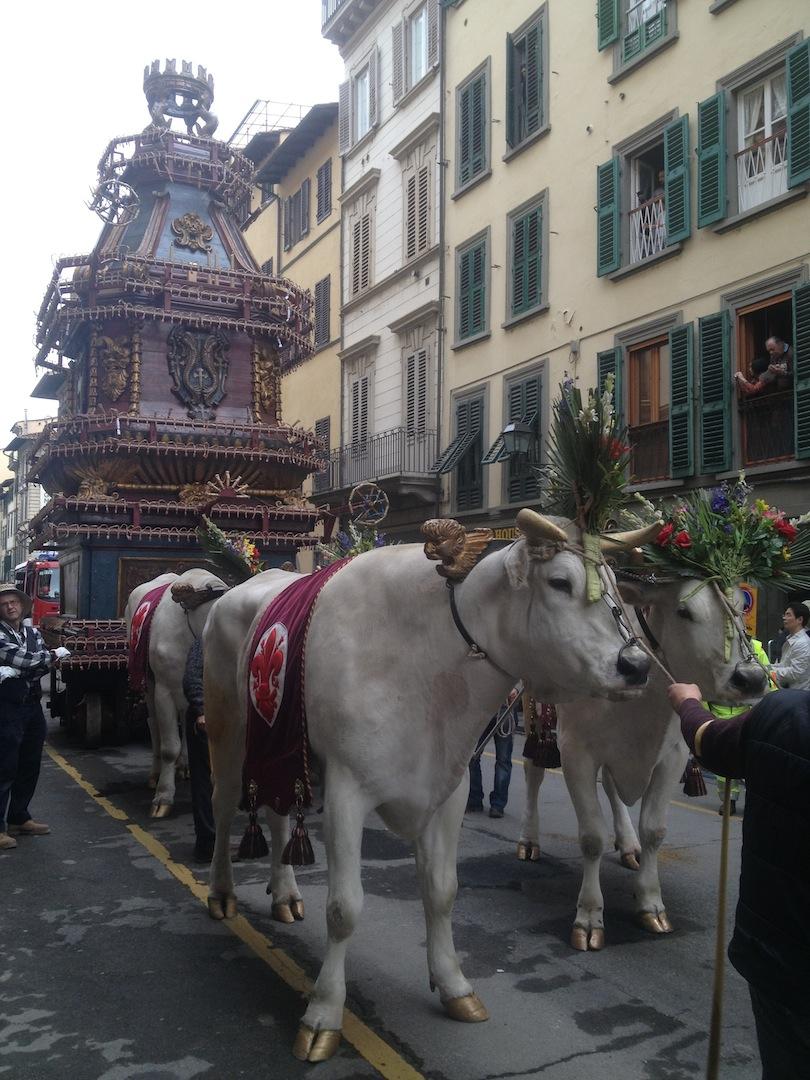 Florence-Easter-Parade-Juggernaut-Bulls-Dove-jessewaugh.com-14.jpg