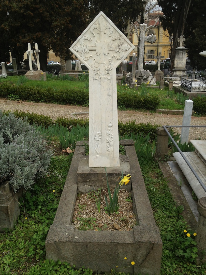 Pre-Rafaelite-Tomb-English-Cemetery-Florence-Hunt-jessewaugh.com-9.jpg
