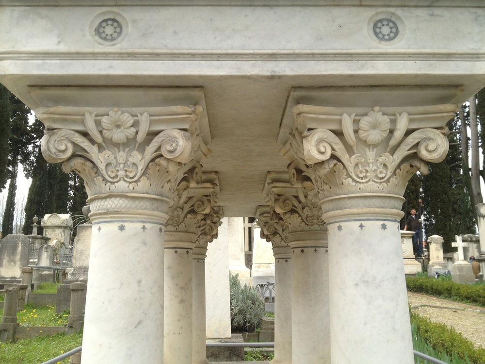 Pre-Rafaelite-Tomb-English-Cemetery-Florence-Hunt-jessewaugh.com-37.jpg
