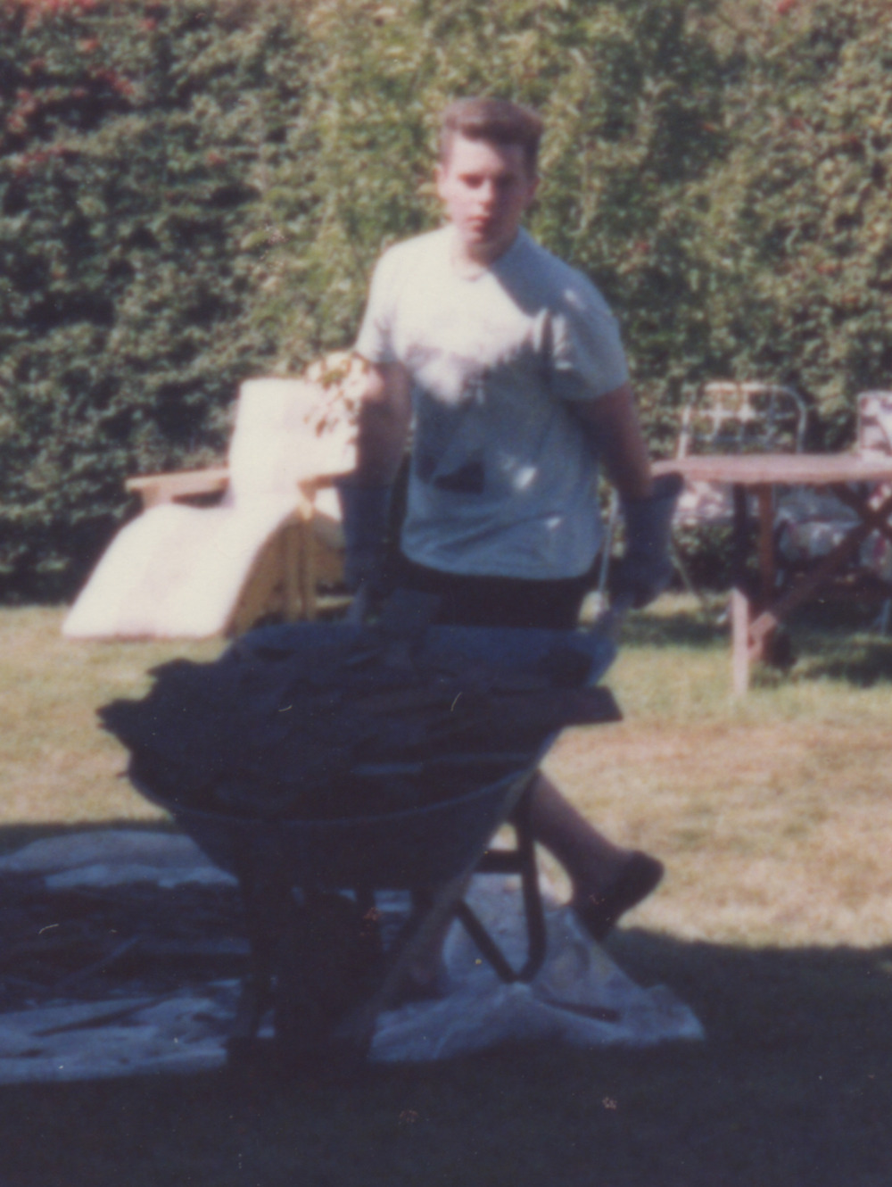 1990-JESSE-WAUGH-WHEELBARROW.jpg