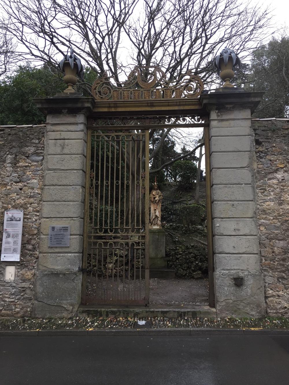 Le-Jardin-du-Calvaire-Carcassonne-jessewaugh.com-53.jpg