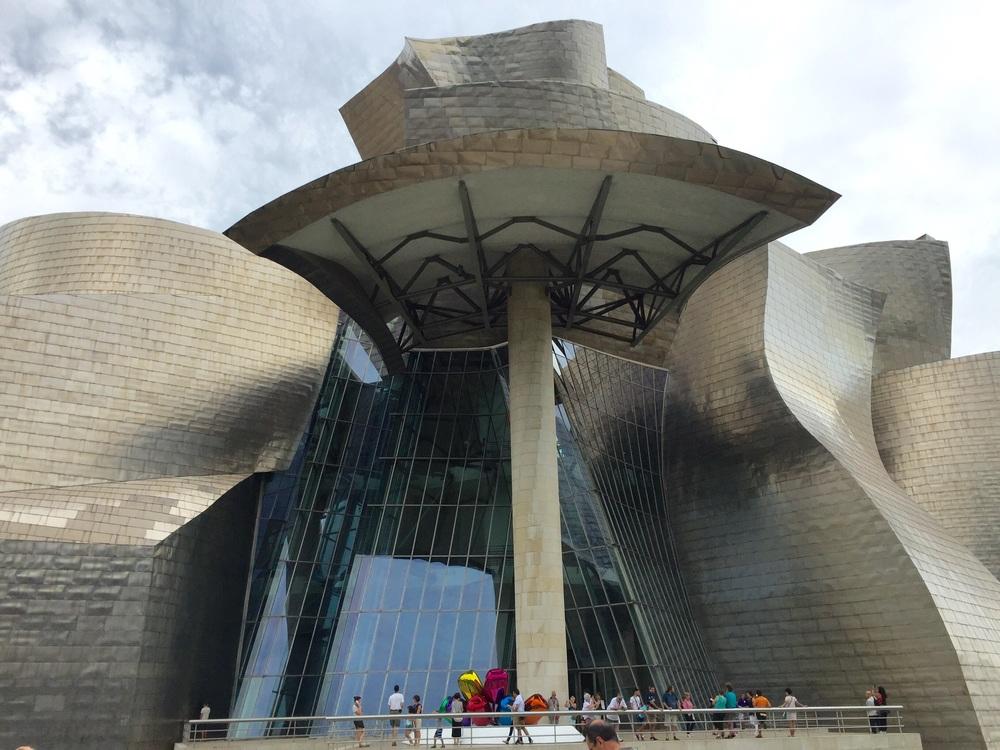 Guggenheim Bilbao = Moloch Owl?