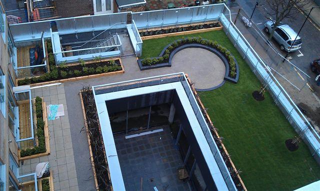 Bethnal Green 1st floor terrace - IMAG0491.jpg