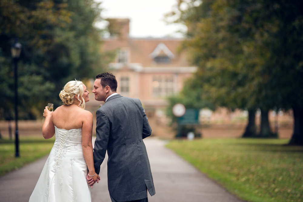 Milton-Keynes-Wedding-Photographer-Award-Best-Horwood-House-Buckingham-016.jpg