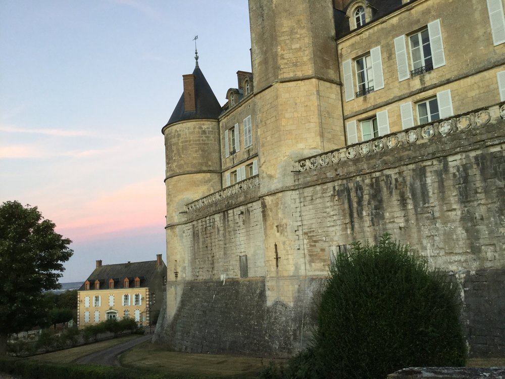 A sweet September day dawns behind the castle of Montmirail
