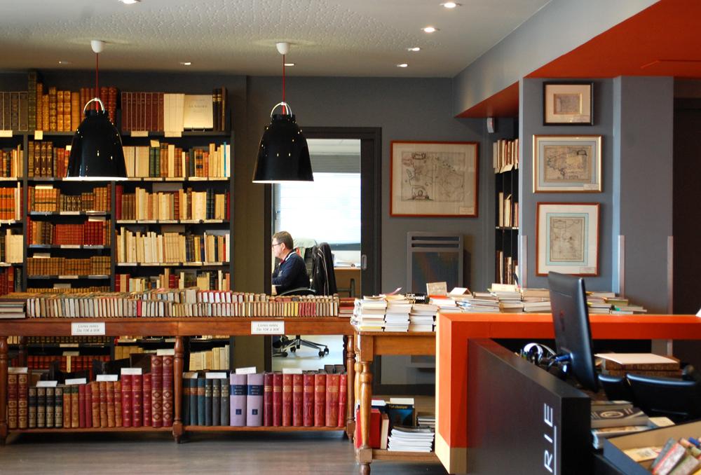 bookstore1.jpg