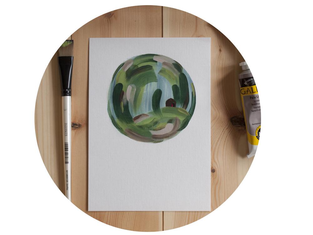 round pic2.jpg