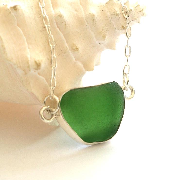 green neck 1.jpg