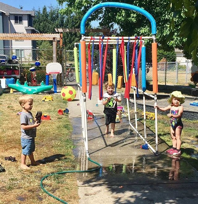 Water play all day! #bellinghamkids #waterplay #generationselfc #intergenchildcare #bellinghampreschool #bellinghamchildcare #bellinghamlife