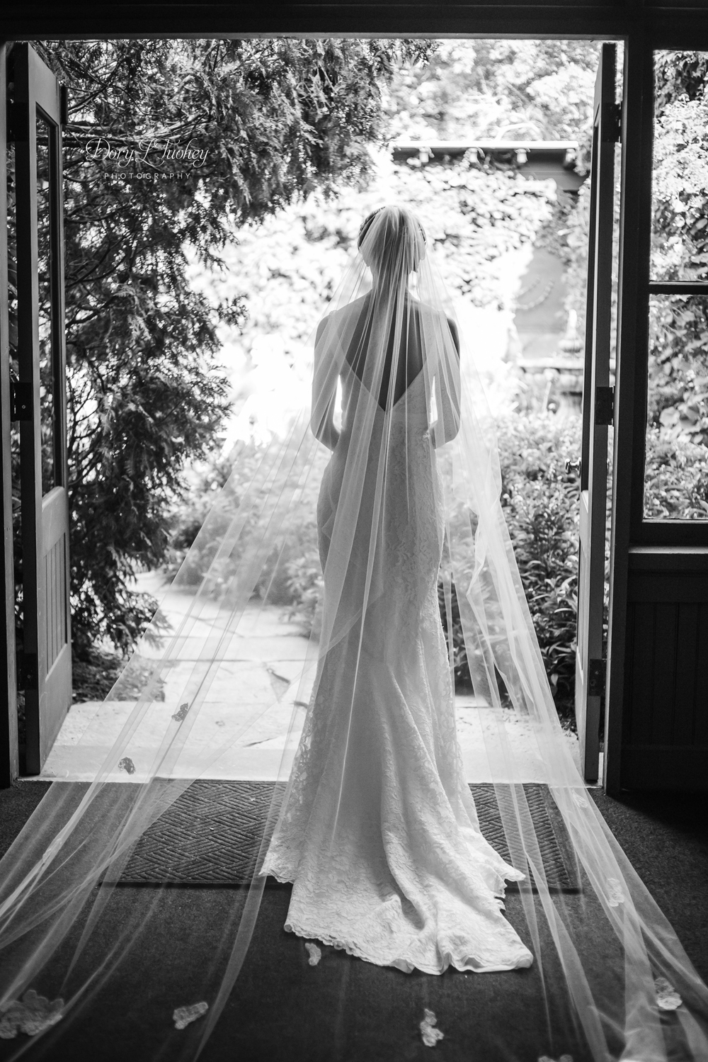 Dory_Wedding_lake_geneva_bride_wi_photographer_horticultural_21.jpg
