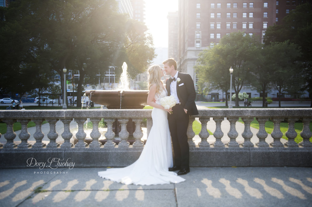 Bride_Dory_chicago_wedding_photographer_cultural_center_lace_grant_park_03.jpg