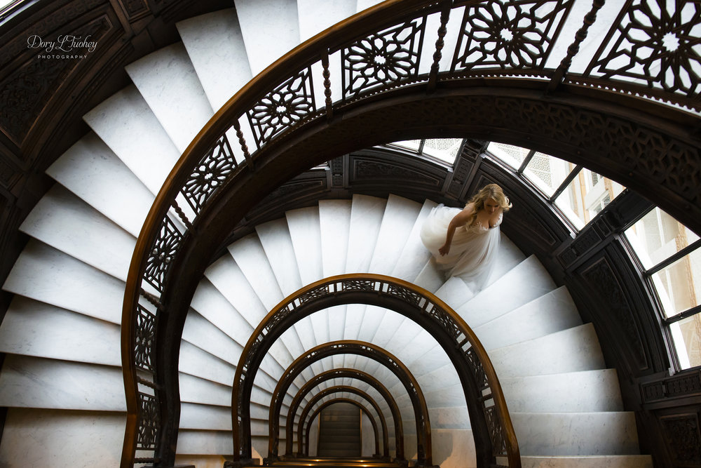 Rookery_chicago_dory_photographer_wedding_stairs_bhldn_love_dawson_02.jpg
