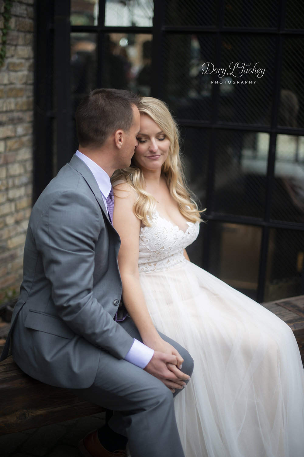 Rookery_chicago_dory_photographer_wedding_stairs_bhldn_love_dawson_12.jpg