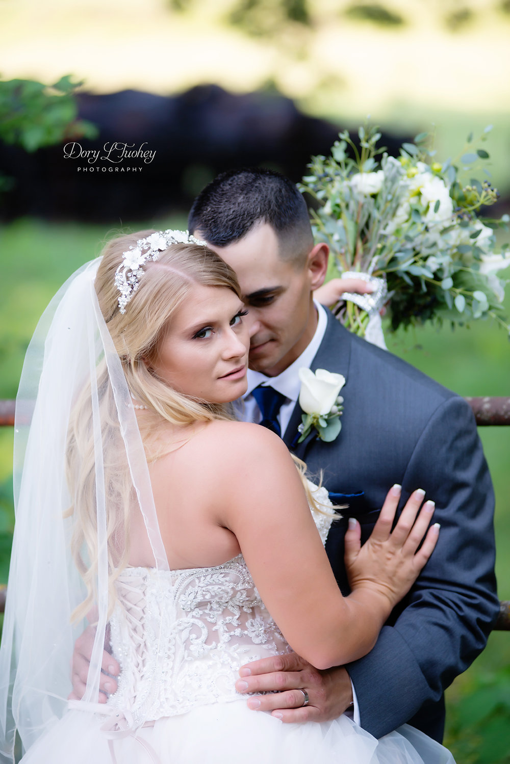 Dory_wedding_farm_country_equestrian_horses_bride_groom_apple_valley_06.jpg