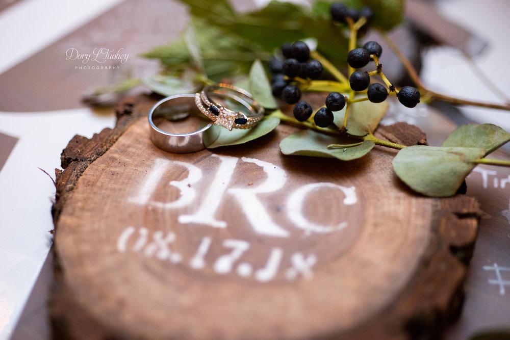 Dory_wedding_farm_country_equestrian_horses_bride_groom_apple_valley_10.jpg