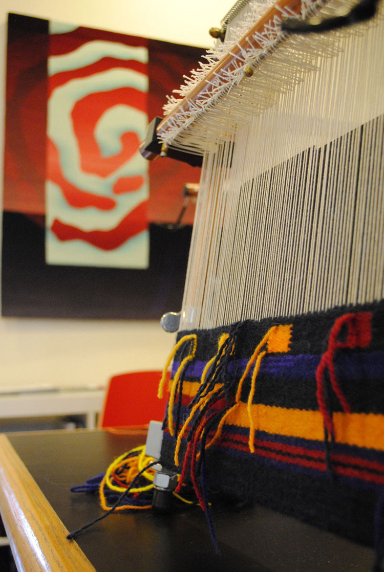 A Mirrix loom is a good choice for this workshop