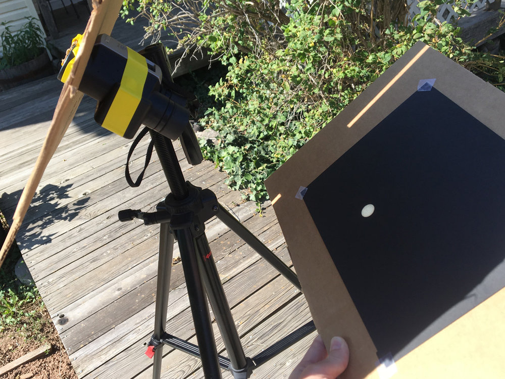 DIY eclipse viewer with Pentax 8 x 22 binoculars; before eclipse started