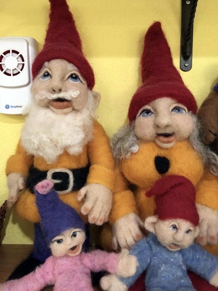 Needle felted dolls by  Maurine Adrezin .