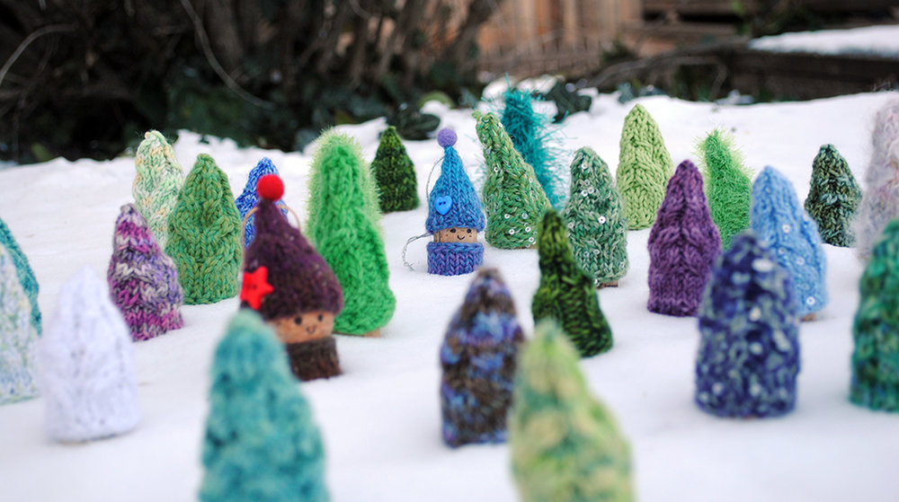Knitted trees and a few sneaky gnomes