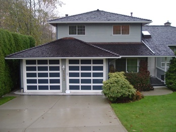 A recent Rain Centre Gutter Installation in Vancouver.