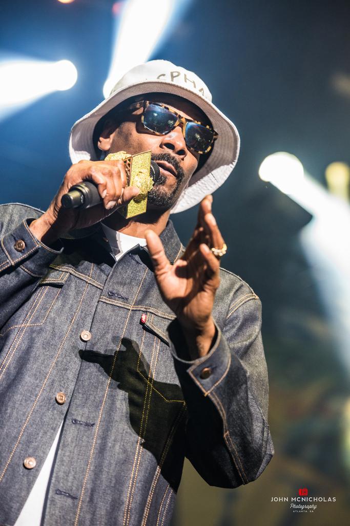Snoop Dogg_17163458656_l.jpg