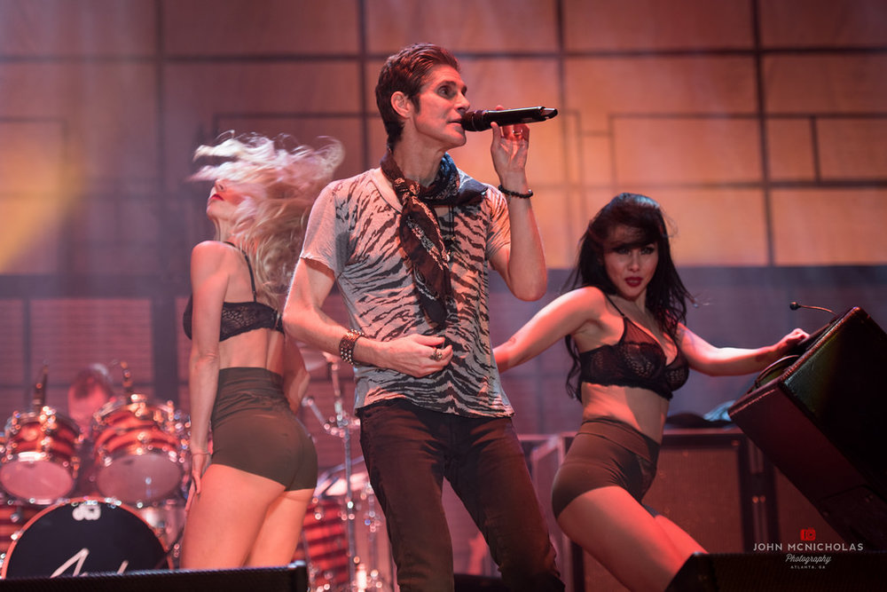 Jane's Addiction_27550867055_l.jpg