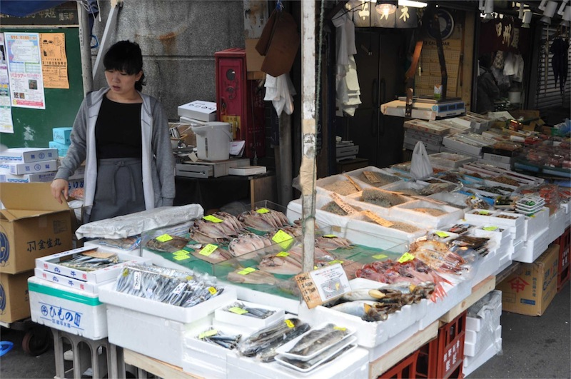 Tokyo, Tsukiji  Fish MArket - 05.jpg