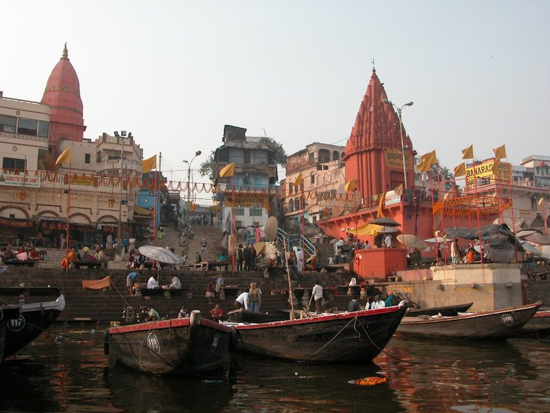 boats in ghat.jpg